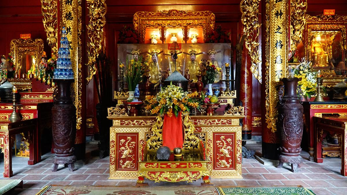 Den Ong Hoang Muoi 2